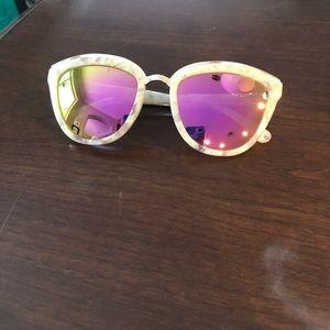 DIFF polarized glasses